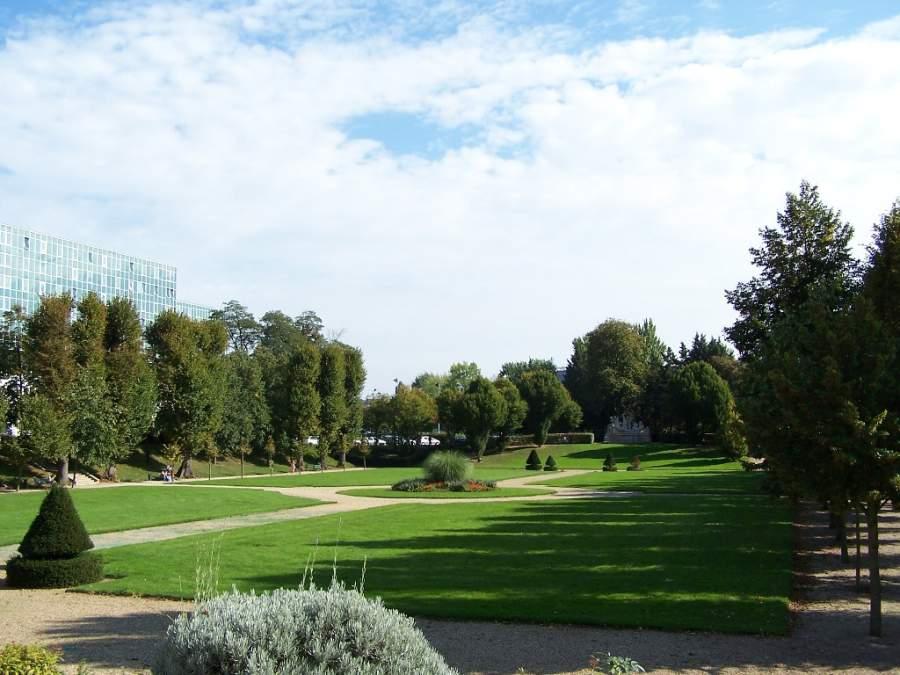 Parque Aubert en Le Chesnay