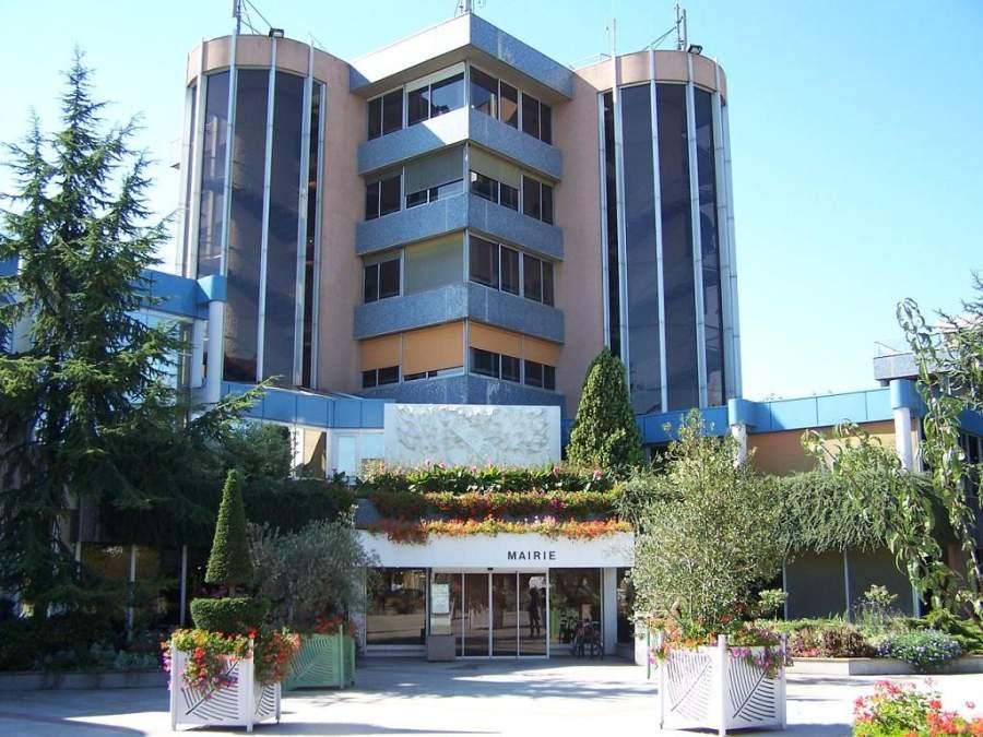 Edificio del ayuntamiento de Le Chesnay