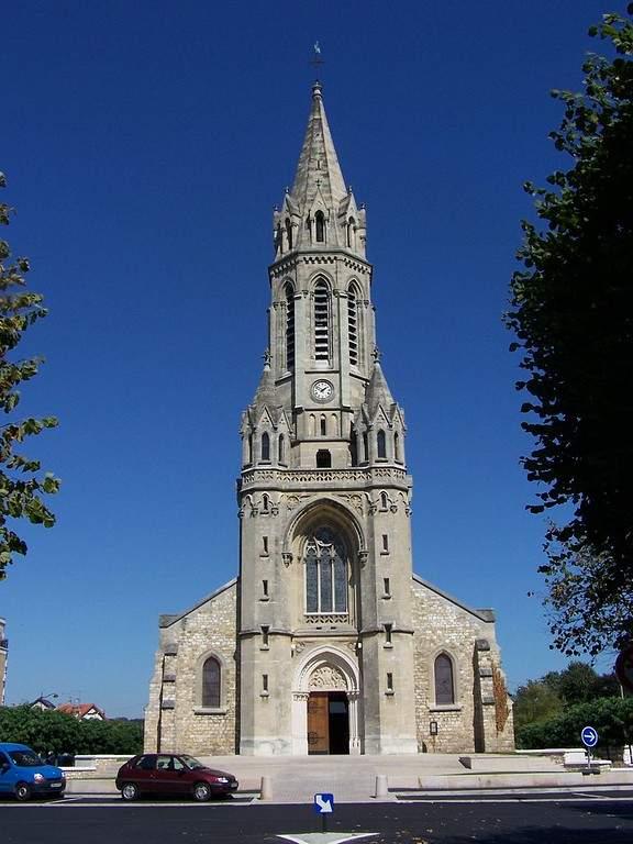 Vista frontal de la Iglesia de Saint-Antoine-de-Padoue