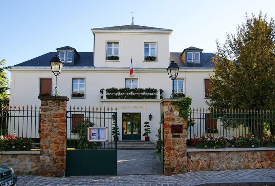 Antigua sede del ayuntamiento de Rungis