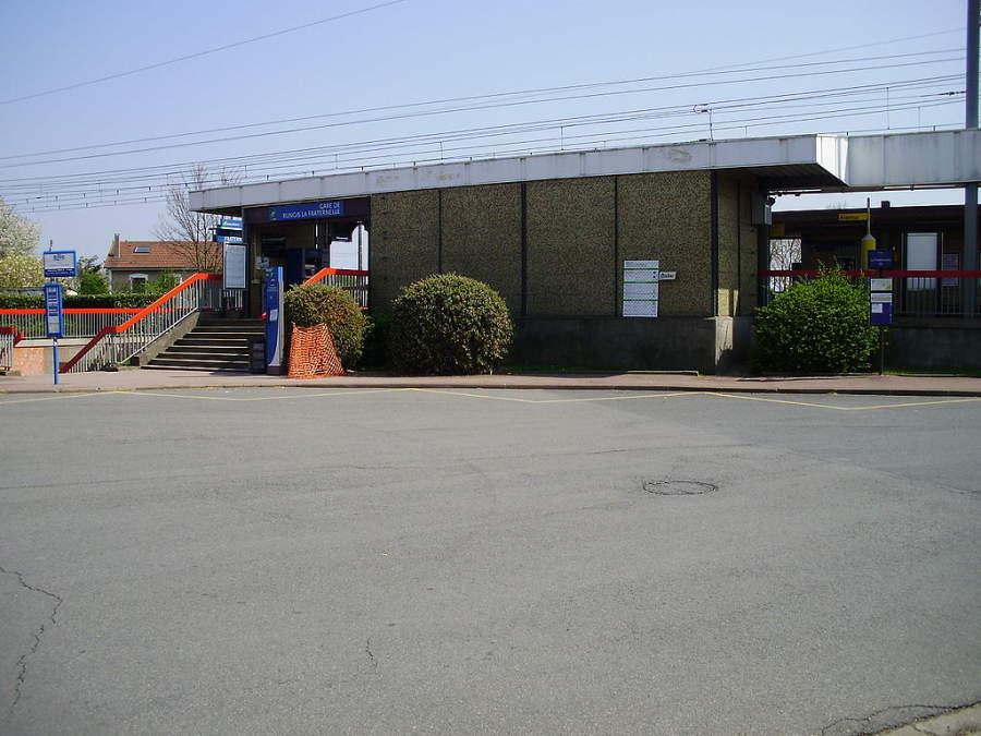 Estación La Fraternelle en Rungis