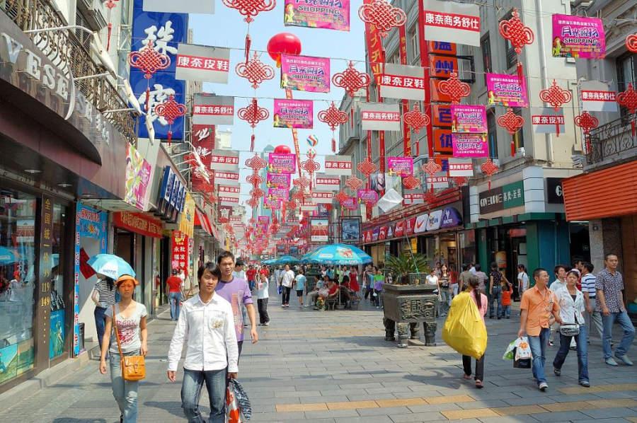 Ve de compras a la calle Wuma en Wenzhou