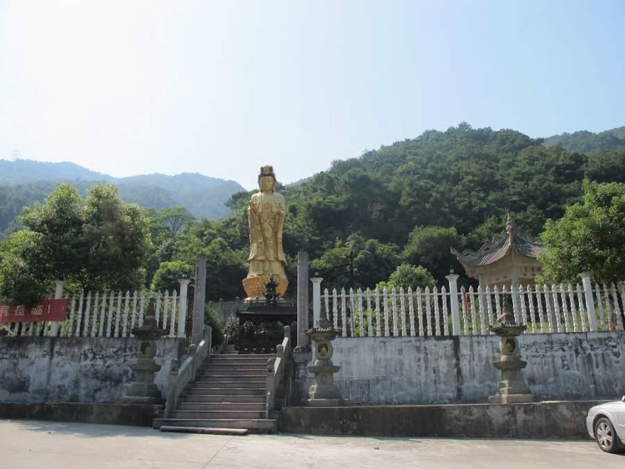 Estatua de la diosa Guanyin en Wenzhou