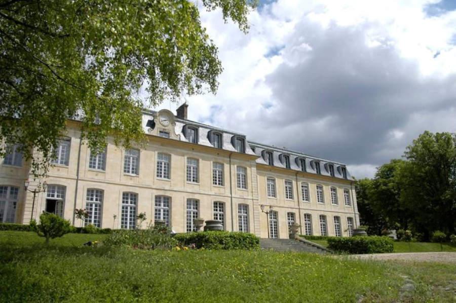 El Liceo Michelet sigue siendo una de las escuelas con más prestigio de la región