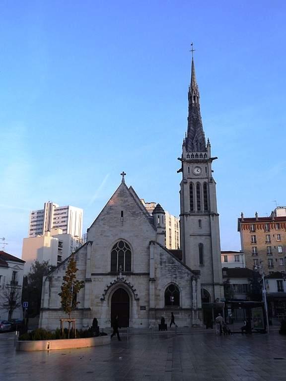 Iglesia de San Remy al atardecer