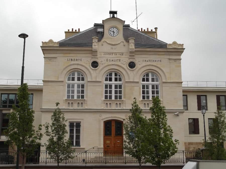 Edificio del Ayuntamiento de Vanves