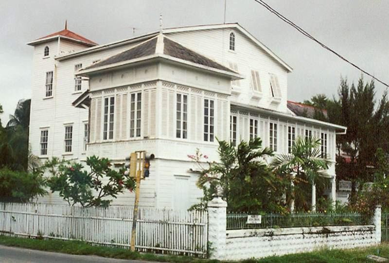 Admira la arquitectura colonial de la ciudad de Georgetown