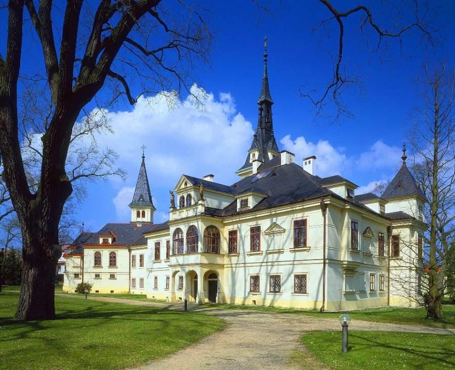 Castillo de Lužany en Pilsen