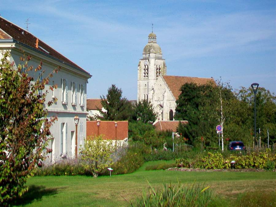 Le Mesnil-Amelot es una pequeña comunidad ideal para descansar