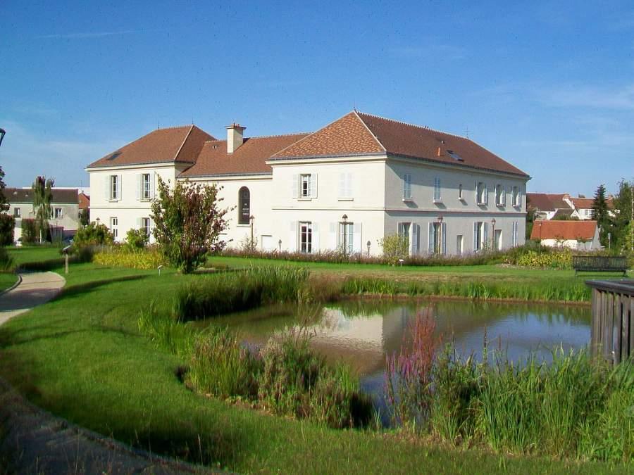 Disfruta de los paisajes en la comuna de Le Mesnil-Amelot