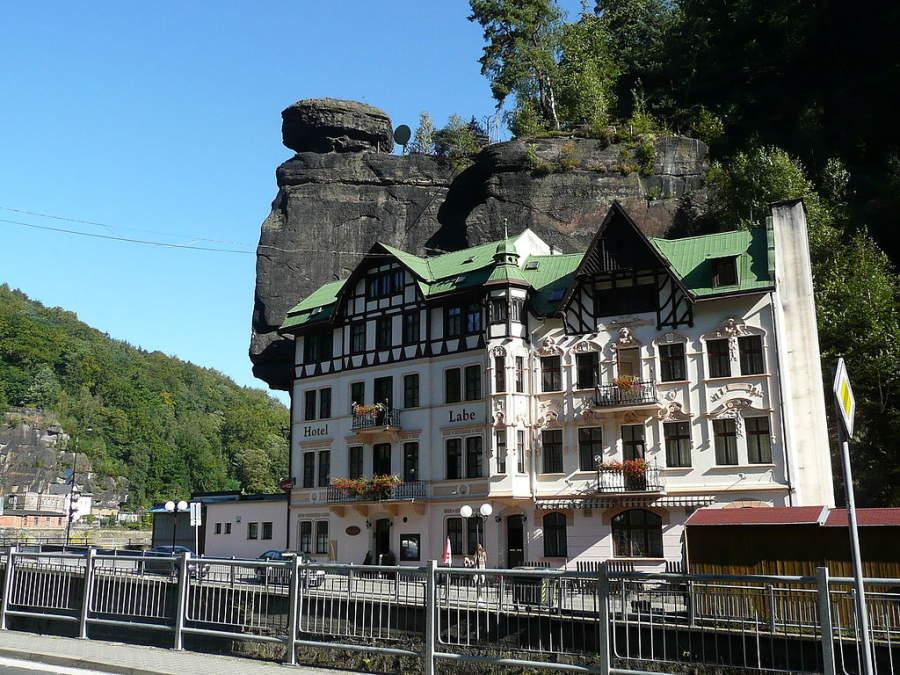 Un hotel en la villa de Hrensko