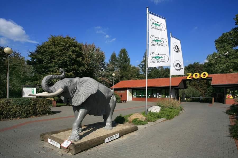 Entrada al Zoológico de Ostrava