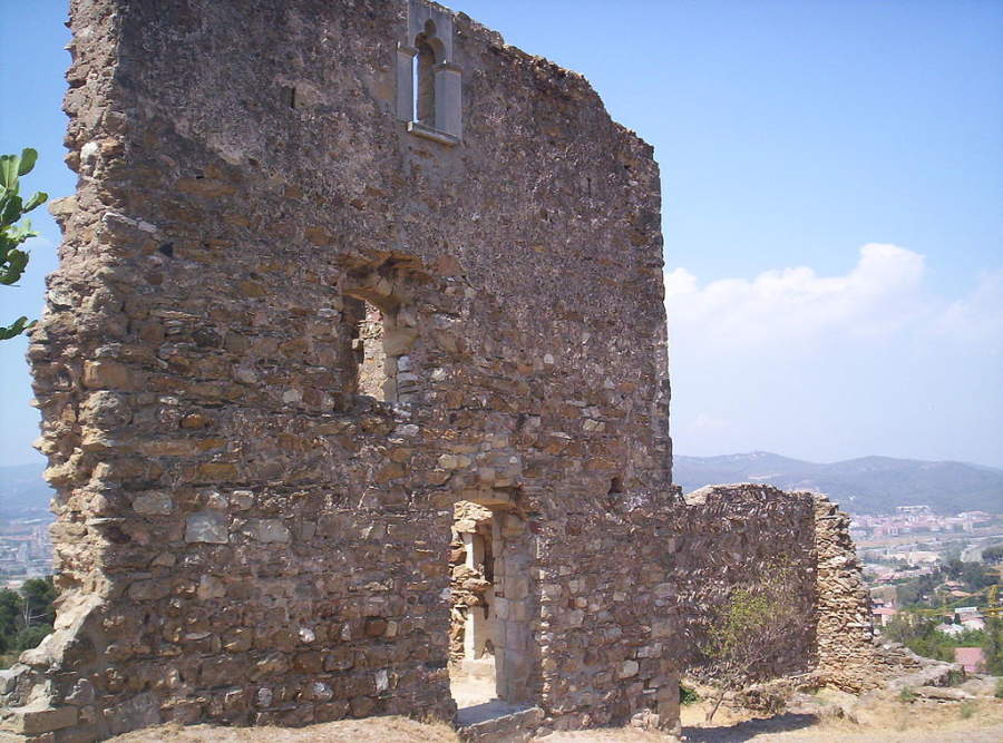 Vestigios del castillo Castellciuró en Molins de Rei