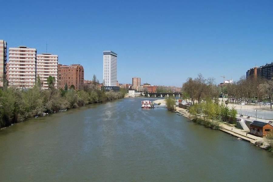 Río Pisuerga en su paso por Valladolid