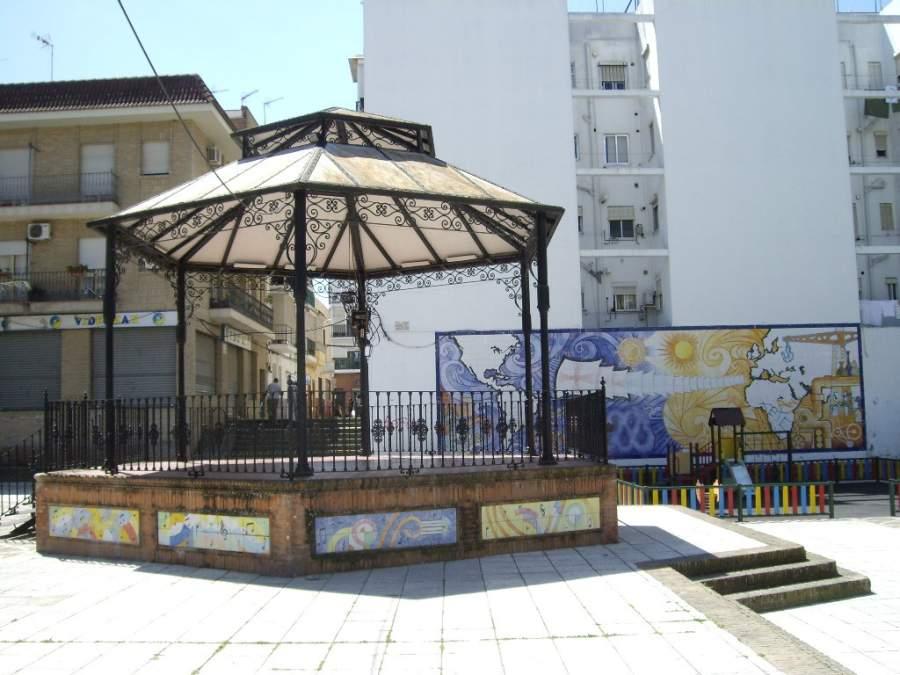 Plaza del Auditorio en San Juan de Aznalfarache