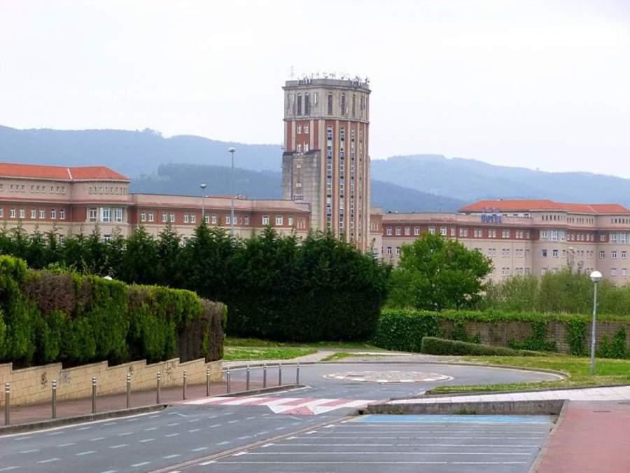 Vista panorámica del Antiguo Seminario de Derio
