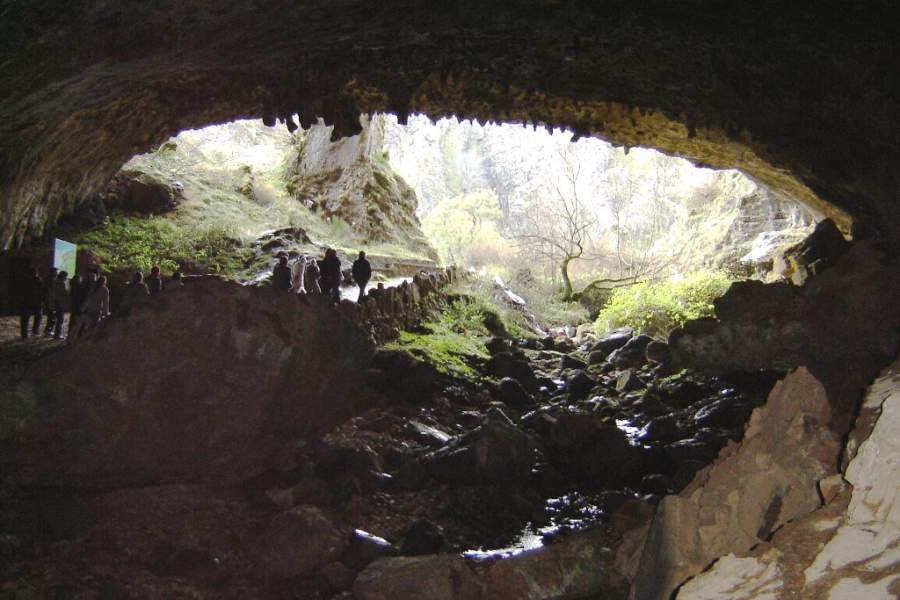 Cuevas de Valporquero