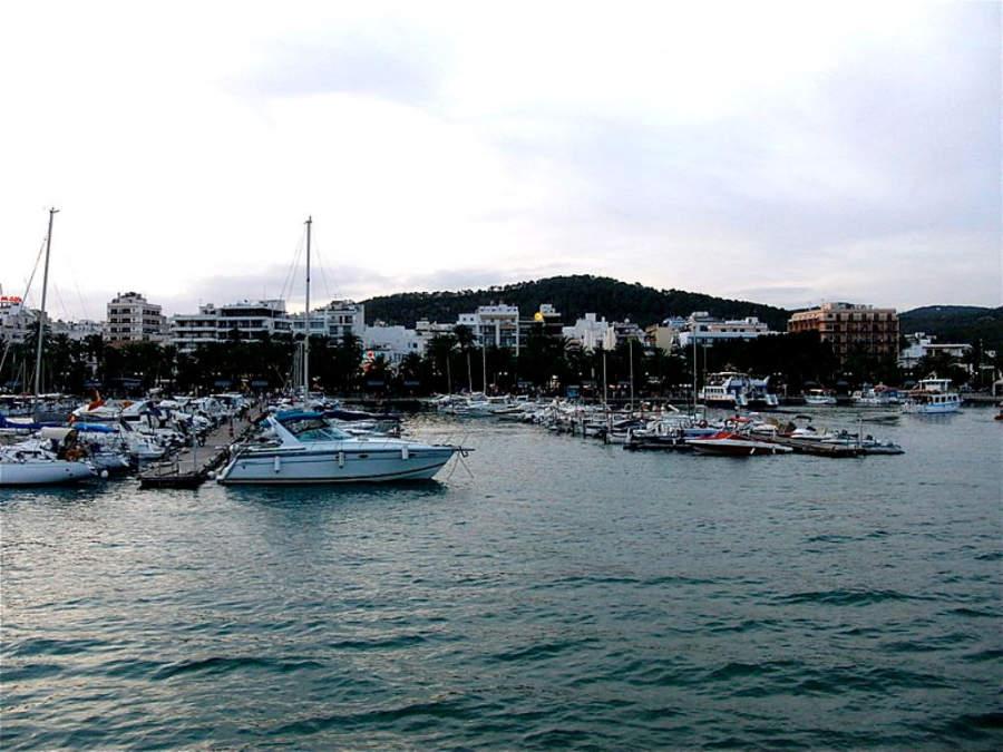 Atardecer en el Puerto de Sant Antoni de Portmany