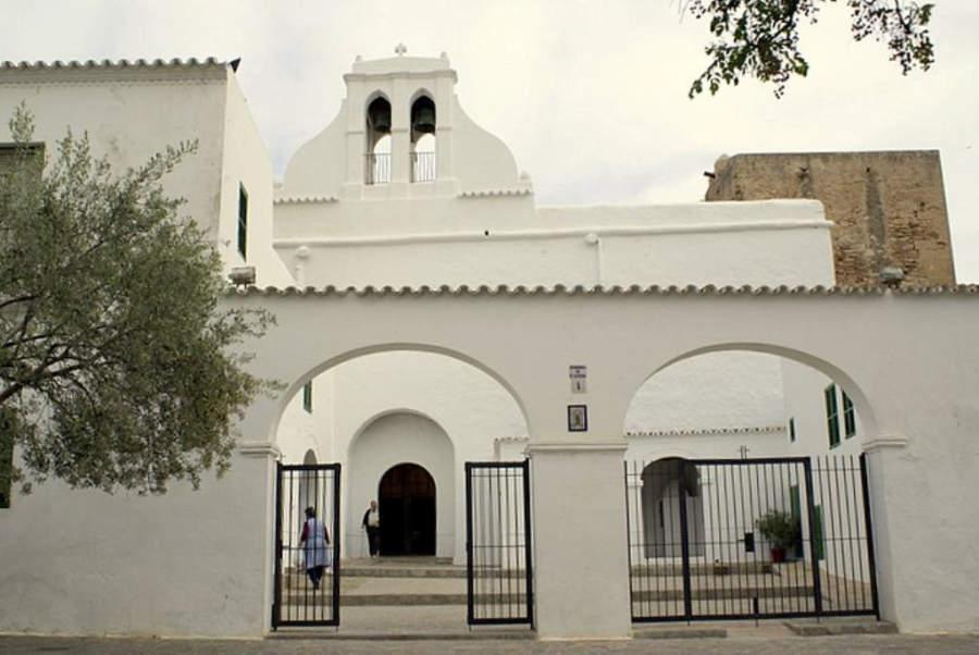La iglesia de San Antonio Abad es uno de los edificios más emblemáticos de la ciudad