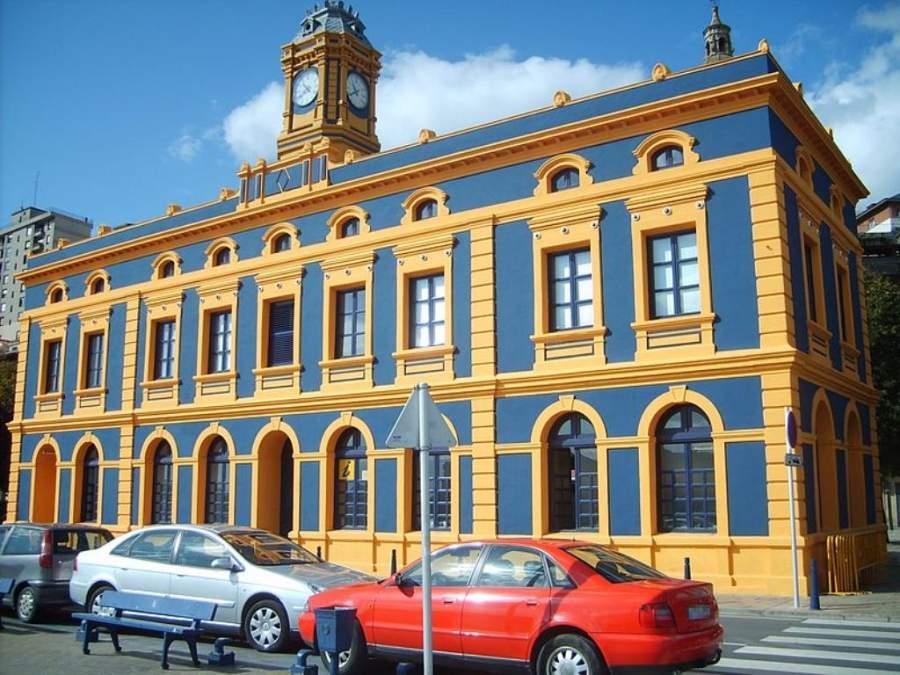 Antigua estación de tren en Portugalete