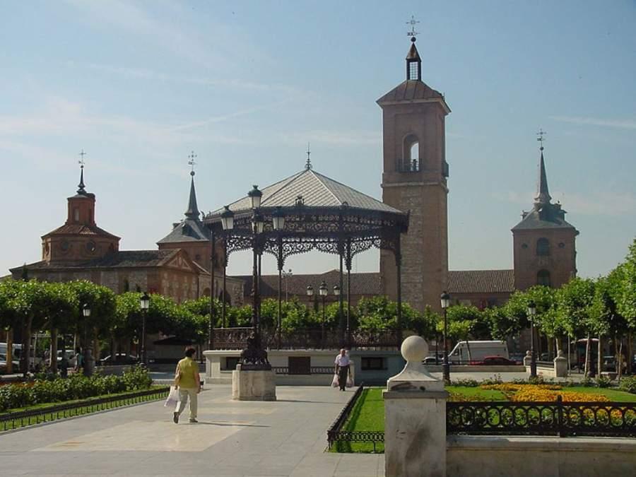 Quiosco en la Plaza de Cervantes