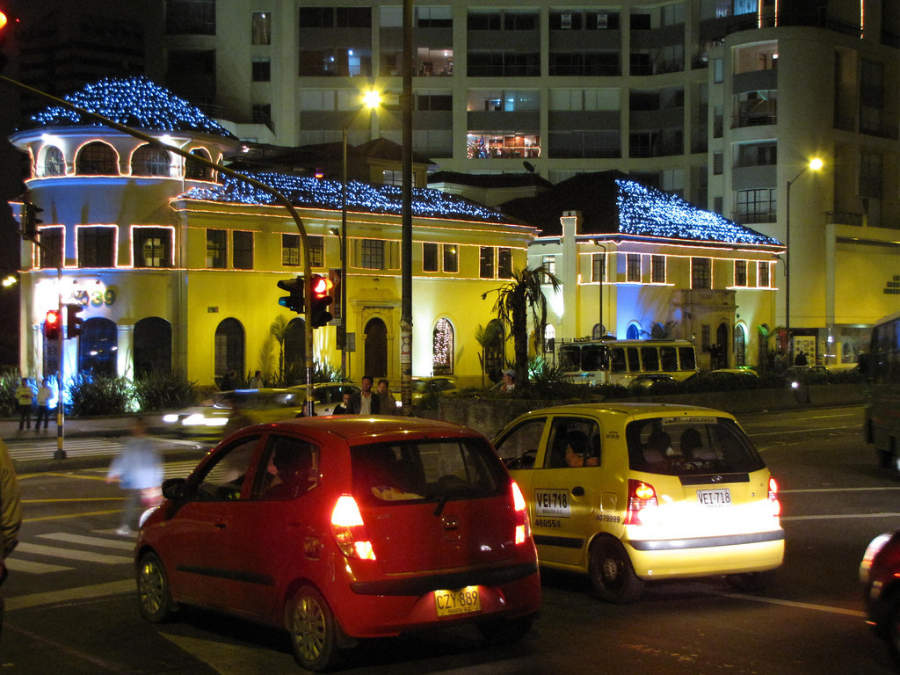 Calles de Bogotá por la noche