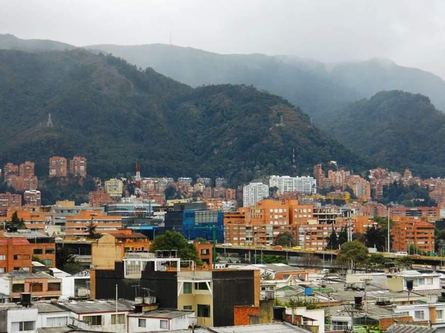 Chapinero ocupa una parte de los cerros orientales de la ciudad
