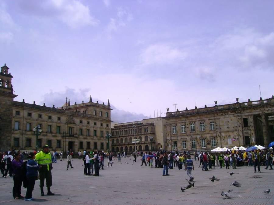 Plaza de Bolívar es el corazón de Bogotá