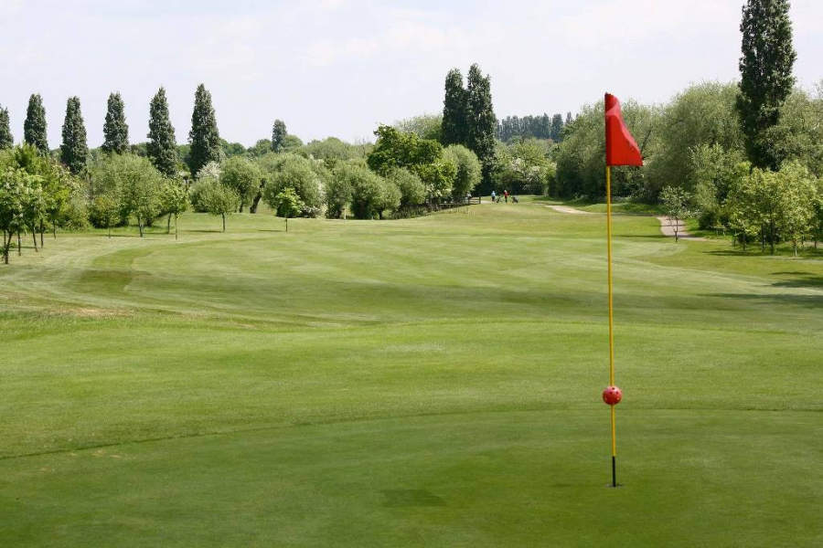 Campo del Sudbury Golf Club en Wembley