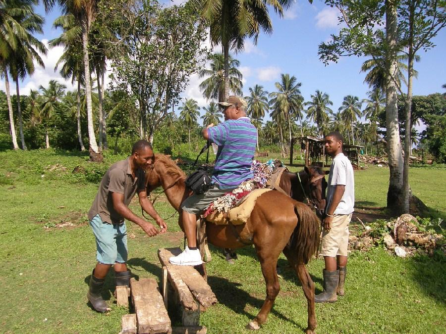 En Samaná se ofrecen paseos a caballo