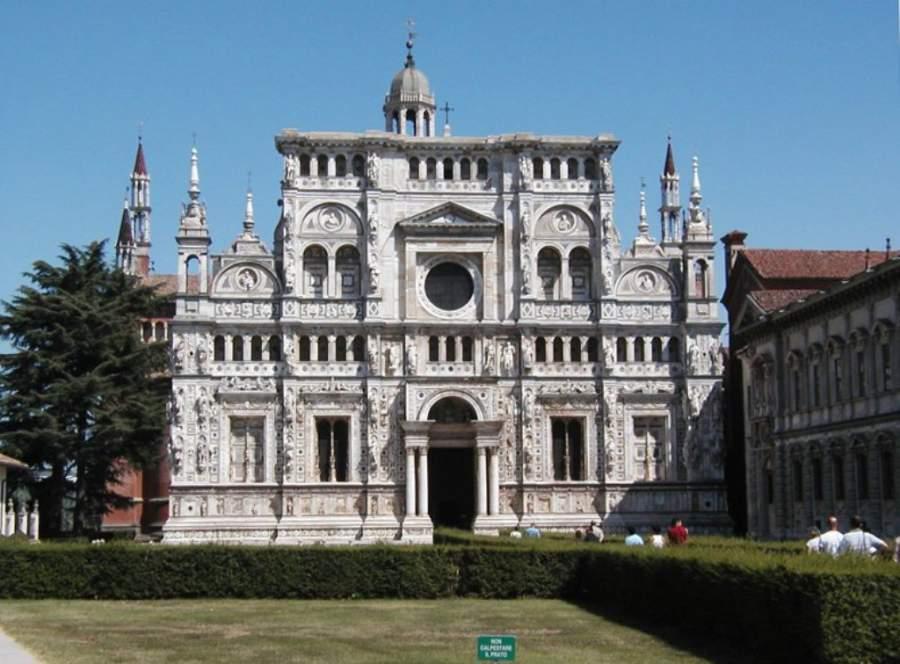 Cartuja de Pavía, impresionante edificio histórico que data del siglo XIV