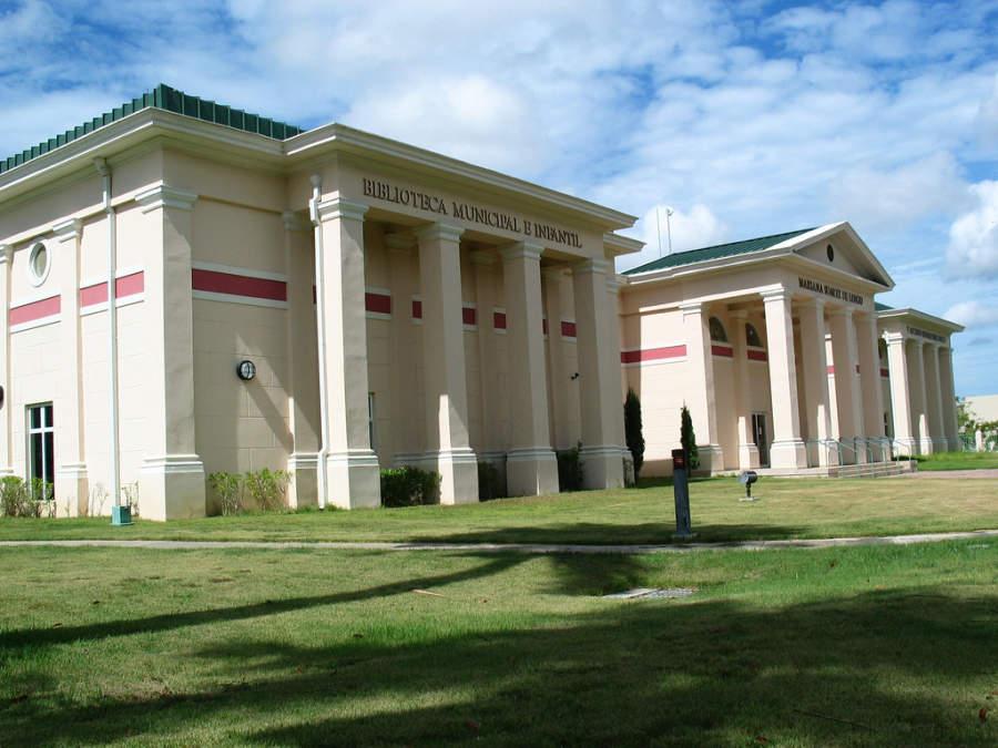 Biblioteca Municipal e Infantil Mariana Suárez de Longo