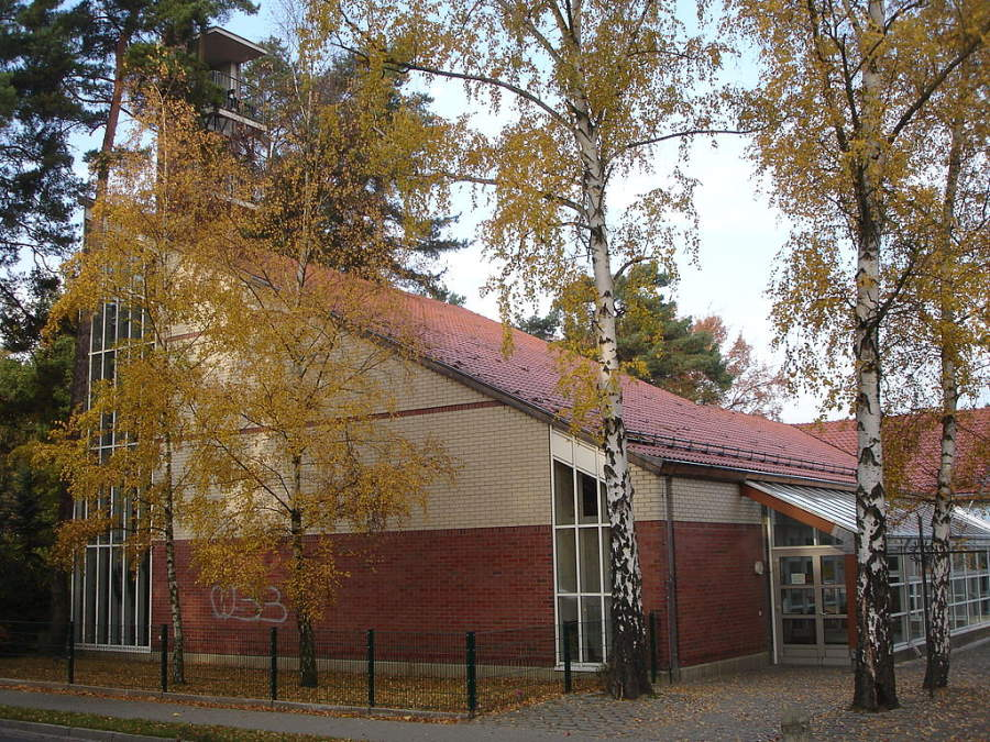 Iglesia de Santo Tomas Moro en Kleinmachnow