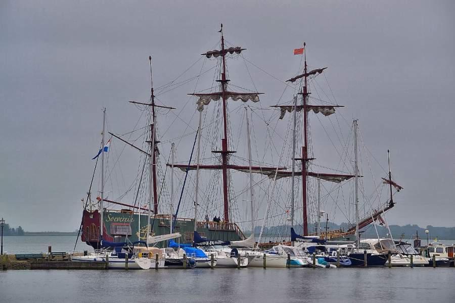 Conoce el puerto de Volendam