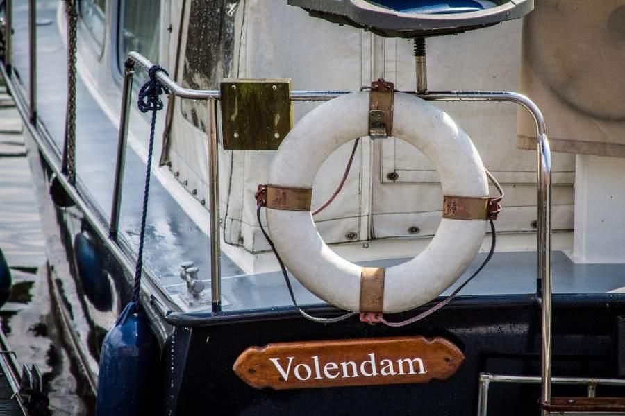 Realiza un tour desde el puerto de Volendam