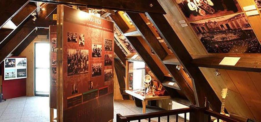 Restaurante en la ciudad de Volendam