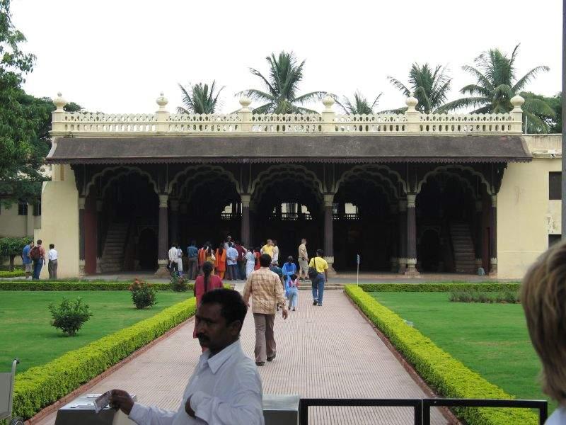 Visita el Palacio de Tipu Sultan en Bangalore, construido en 1790