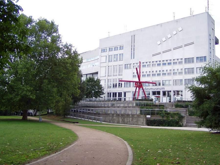 Museo Technoseum que reproduce el proceso de la industrialización desde 1750 hasta la actualidad
