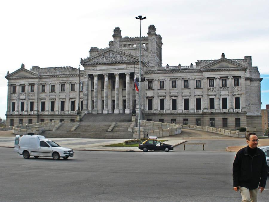 Poder Legislativo en Montevideo