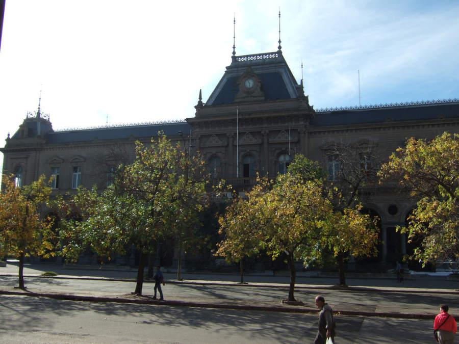 Estación Central General Artigas en Montevideo