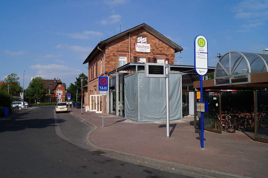 Estación de autobús en Raunheim