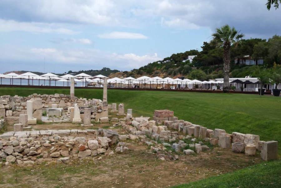 El Templo de Apolo Zoster data del siglo VI a. C.
