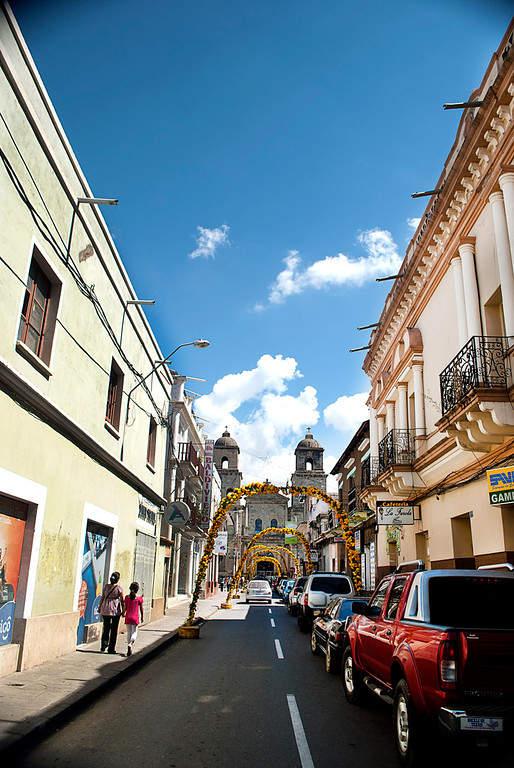 Tarija es conocida como Tarija la Linda o como la Ciudad de las Flores