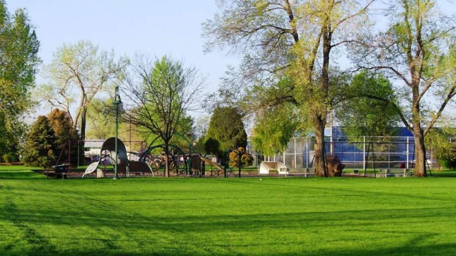 Un parque en la ciudad