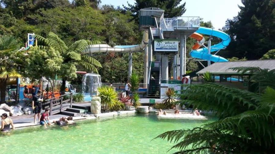 En el complejo Taupo Debretts puedes disfrutar de las aguas termales