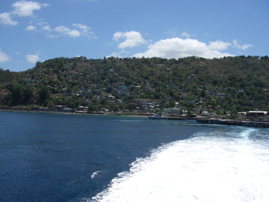 Roseau está en el mar Caribe