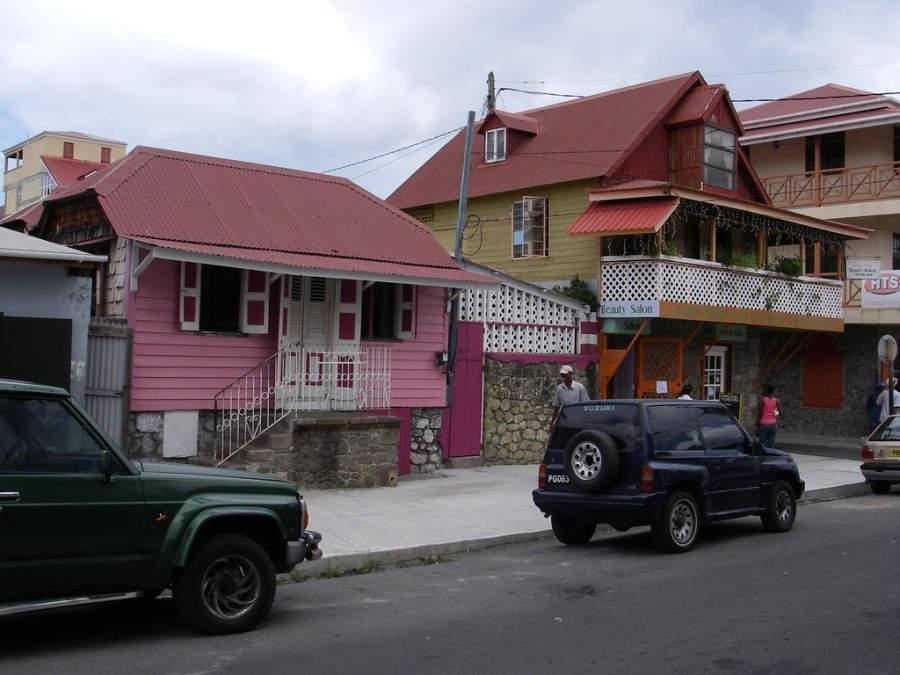 Arquitectura típica de Roseau