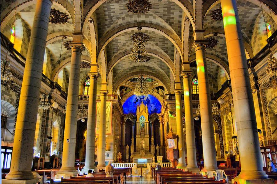 Interior de la Catedral en Mazatlán, la más famosa del noroeste de México