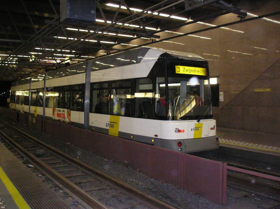 Transporte urbano en Amberes, Bélgica