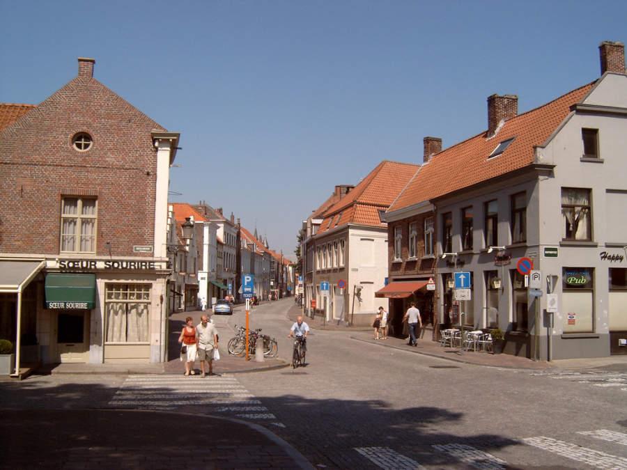 Katelijnestraat, calle en el centro de Brujas